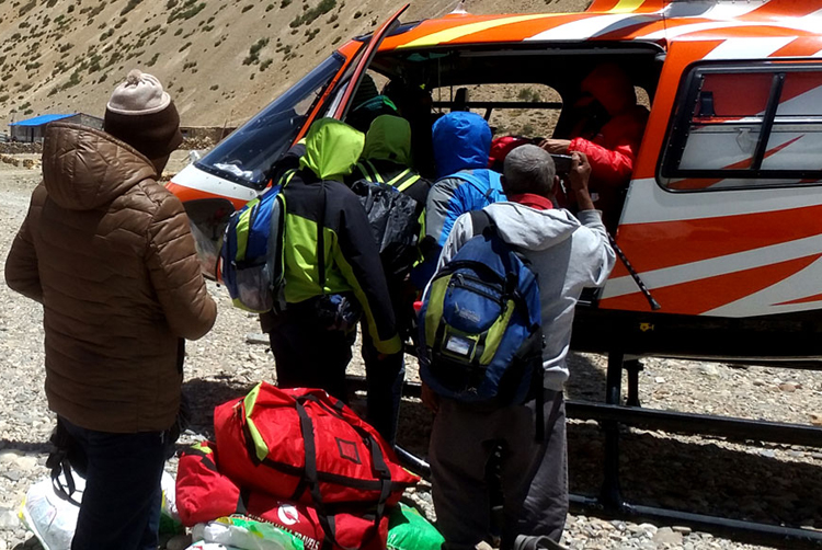 Kailash Tour by Helicopter 6